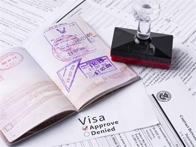 签证使用完毕,可以将签证页撕下吗?
